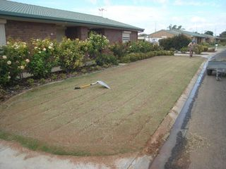 Berri Cottage Homes Under turf Drippers 008